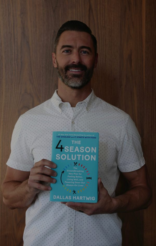 The 4 Season Solution - Dallas Hartwig